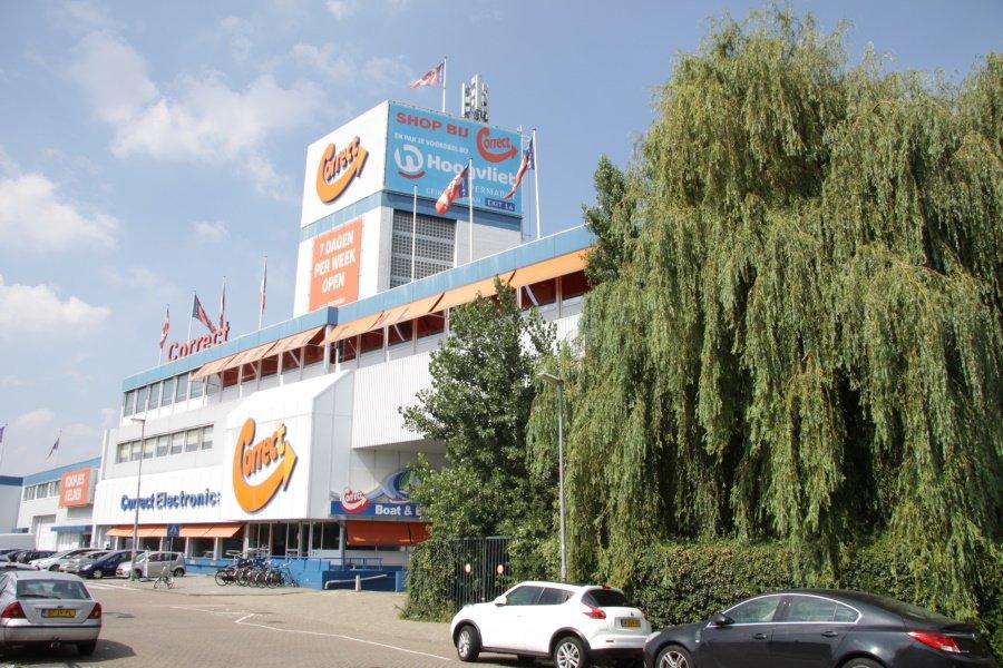 Voorzijde correct winkel in Rotterdam