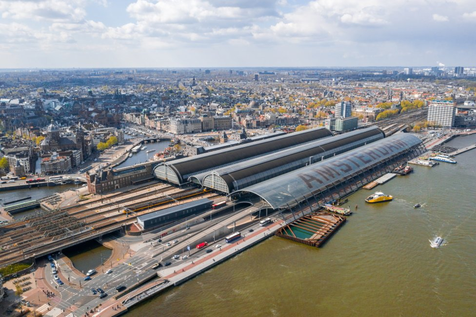 Bovenaanzicht Amsterdam Centraal Station