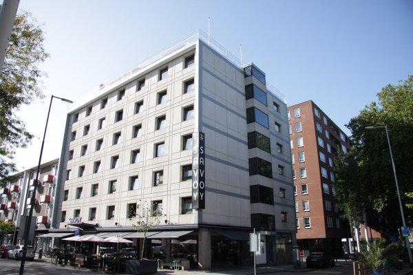 Het gebouw van Savoy hotel in de Hoogstraat in Rotterdam