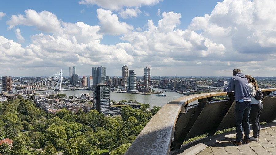 Overzicht over Rotterdam vanaf de Euromast